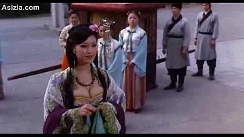 >ดูหนังโป๊จีนเรื่อง บทรักอมตะ เพลินควยไปกับฮ่องเต้ขี้ล่อ นางสนมแต่ละคนโป๊หีงานดีทั้งนั้น สาวสวยในวังนี้ผ่านควยฮ่องเต้แทบทั้งหมด